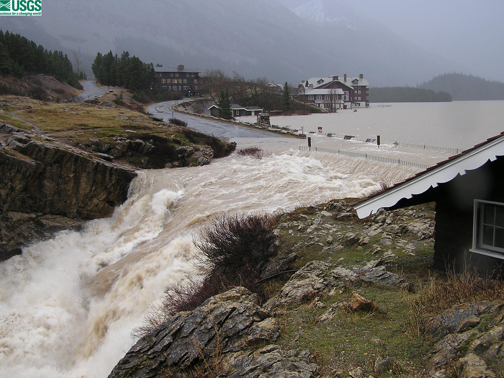 disadvantages of floods Overall the disadvantages  as hard engineering is extremely expensive and not a sustainable way to mangage floods although hard engineering methods tend to.